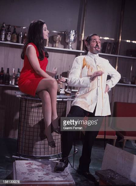 Jaime de Mora y Aragon and Spanish acess Monica Randall during the filming of the movie 'Un adulterio decente'' 1969 Madrid
