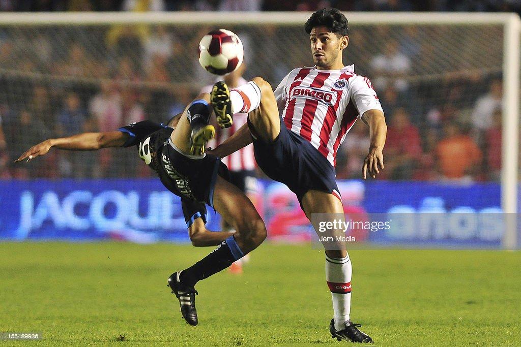 Queretaro v Guadalajara - Apertura 2012 : Fotografía de noticias