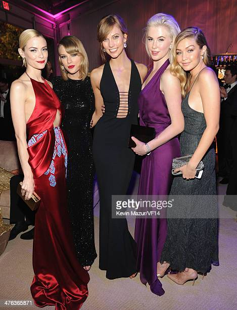 Jaime King Taylor Swift Ireland Baldwin and Gigi Hadid attend the 2014 Vanity Fair Oscar Party Hosted By Graydon Carter on March 2 2014 in West...