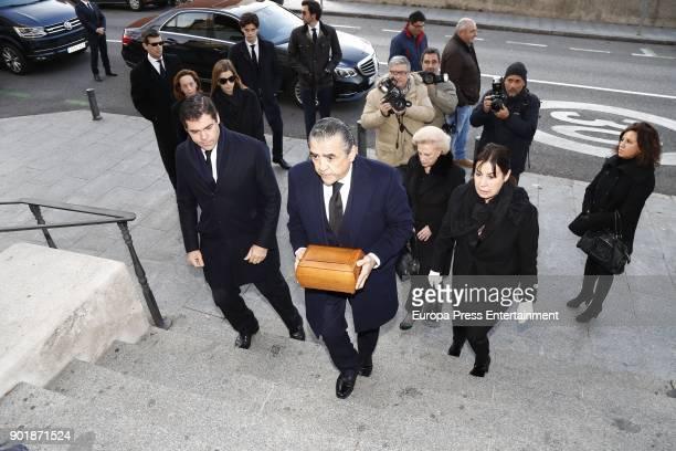 Jaime MartinezBordiu Carmen MartinezBordiu Marta Fernandez Luis Alfonso de Borbon Margarita Vargas attend the funeral service for Carmen Franco...
