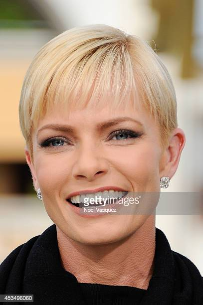 Jaime Pressly visits 'Extra' at Universal Studios Hollywood on August 11 2014 in Universal City California