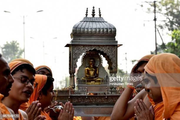 Jain community celebrates Mahavir Jayanti with procession from Jain Mandir to Gaondevi Mandir during Mahavir Jayanti at Vashi on April 9 2017 in Navi...