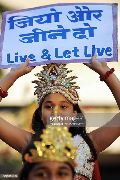 Jain girls participate in a procession on the occassion of Mahavir Jayanti in Mumbai on April 7 2009 The Jain community in India celebrated the...