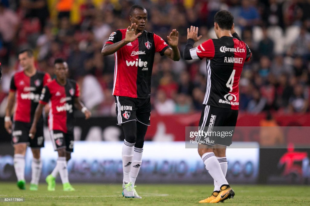 Atlas v Pumas UNAM - Torneo Apertura 2017 Liga MX