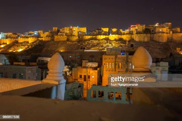 jaisalmer at night - nun stock-fotos und bilder