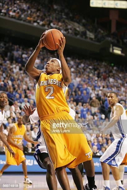 JaJuan Smith of the Tennessee Volunteers goes to the basket against the Kentucky Wildcats at Rupp Arena on February 7, 2006 in Lexington, Kentucky....