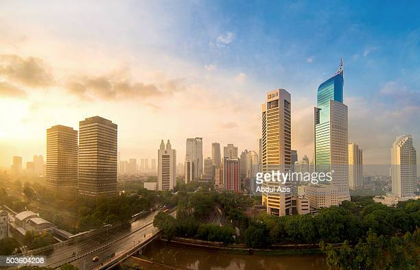 jakarta first sunrise in 2016 - indonesien stock-fotos und bilder