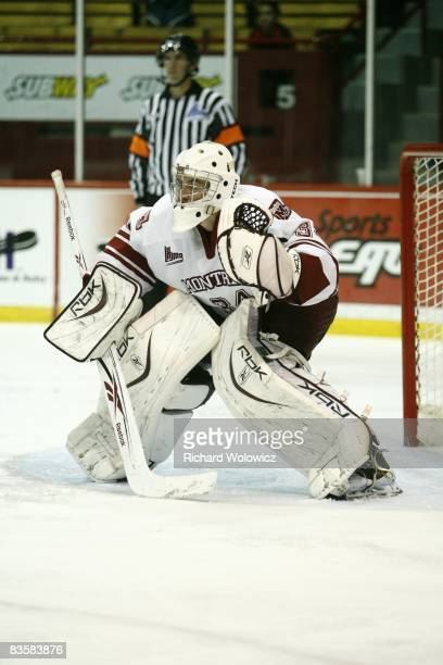 Jake Allen of the Montreal Juniors stands ready to stop a shot during the game against the Val D'Or Foreurs at the Verdun Auditorium on November 05,...