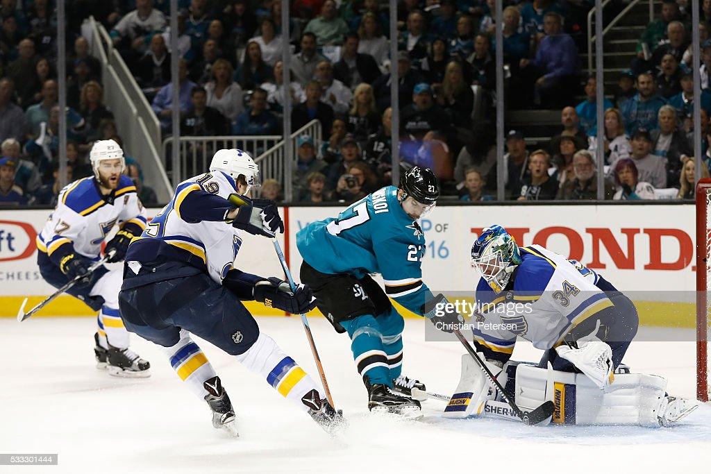 St Louis Blues v San Jose Sharks - Game Four : News Photo