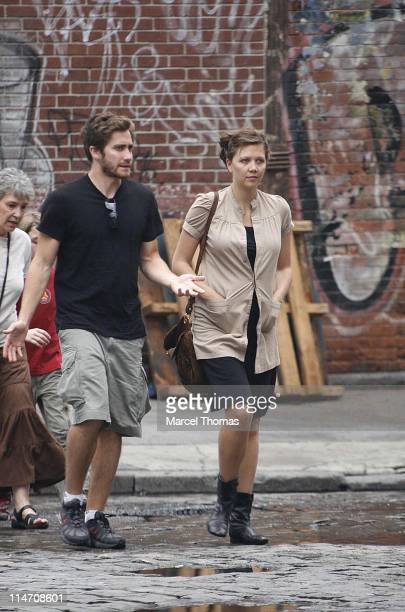 Jake Gyllenhaal Seen Escorting Pregnant Sister Maggie Gyllenhaal June 2 Stock Photos And -3313