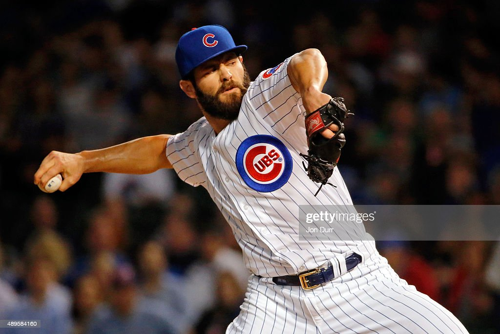 Jake Arrieta #49 of the Chicago Cubs pitches against the Milwaukee Brewers during the first inning at Wrigley Field on September 22, 2015 in Chicago, Illinois.