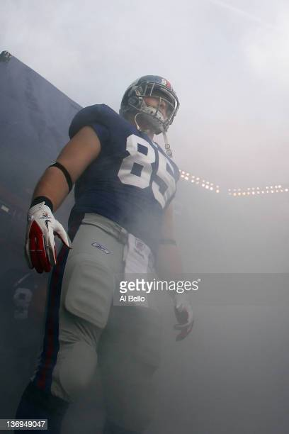 Jake Ballard of the New York Giants gets set to take the field to play against the Atlanta Falcons during their NFC Wild Card Playoff game at MetLife...