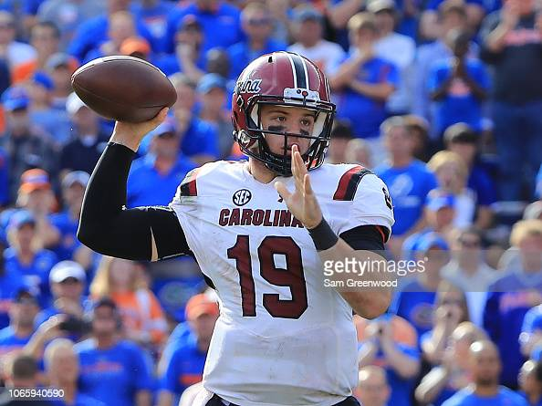 Jake Bentley of the South Carolina Gamecocks attempts a ...