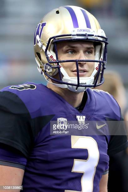 Aaron Fuller of the Washington Huskies scores a 11 yard touchdown against the Arizona State Sun Devils in the first quarter during their game at...