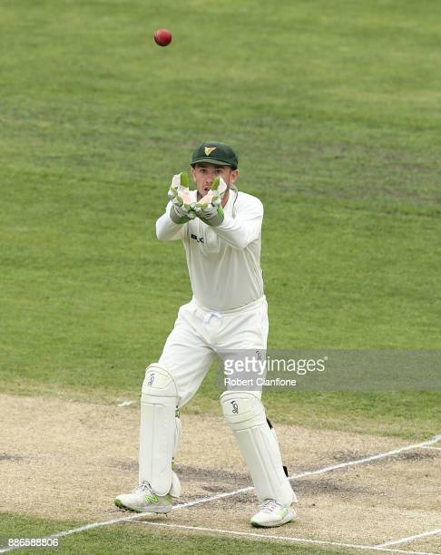 Jake Doran of Tasmania takes the ball during day four of the Sheffield Shield match between New South Wales and Tasmania at Blundstone Arena on...