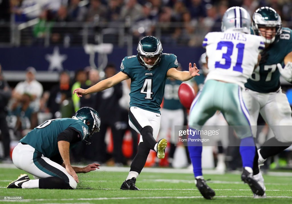 Jake Elliott #4 of the Philadelphia Eagles attempts, but misses, a field goal attempt in the first quarter of a football game against the Dallas Cowboys at AT&T Stadium on November 19, 2017 in Arlington, Texas.