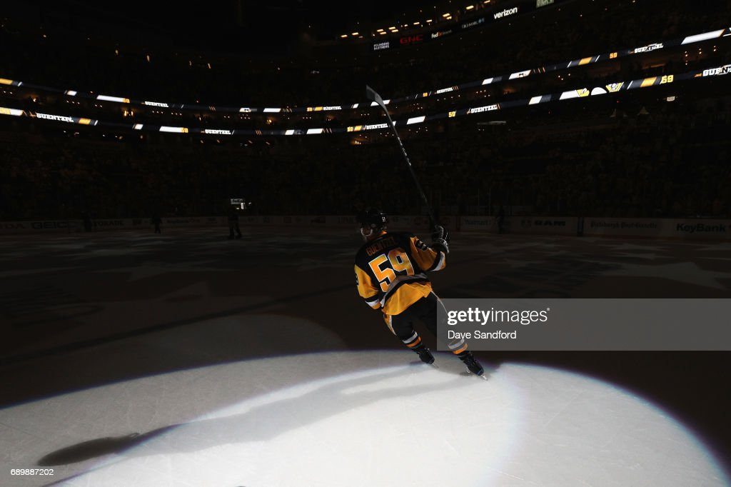 Jake Guentzel #59 of the Pittsburgh Penguins acknowledges the crowd after being named first star by scoring the game winning goal to defeat the Nashville Predators 5-3 in Game One of the 2017 NHL Stanley Cup Final at PPG Paints Arena on May 29, 2017 in Pittsburgh, Pennslyvannia.