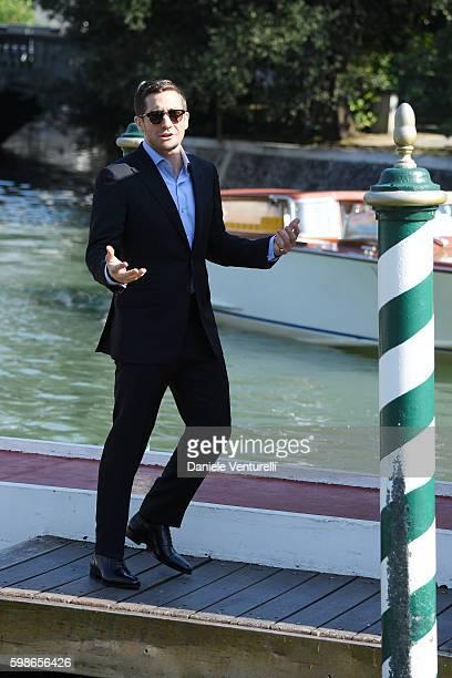 Jake Gyllenhaal arrives at Lido during the 73rd Venice Film Festival on September 2 2016 in Venice Italy