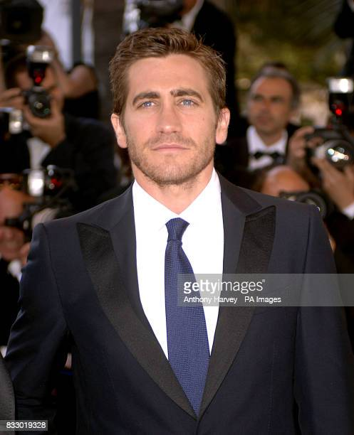 Jake Gyllenhaal arrives for the premiere of Zodiac at the Palais De Festival Picture date Thursday 17 May 2007 Photo credit should read Anthony...