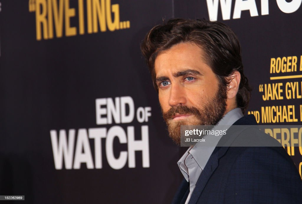 Jake Gyllenhaal attends the 'End Of Watch' Los Angeles premiere at Regal Cinemas L.A. Live on September 17, 2012 in Los Angeles, California.
