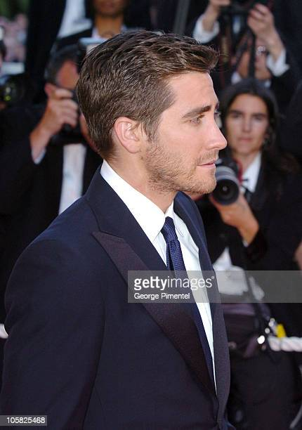 Jake Gyllenhaal during 2007 Cannes Film Festival Zodiac Premiere at Palais de Festival in Cannes France