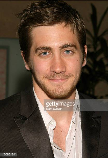 Jake Gyllenhaal during ACLU Foundation Of Southern California's 'Torch Of Liberty Award' Honoring Van Toffler and The FonerGyllenhaal Family at...