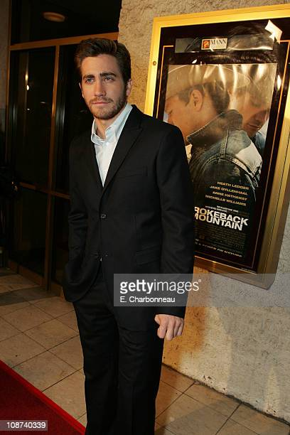 Jake Gyllenhaal during Focus Features Presents the Los Angeles Premiere of Brokeback Mountain at Mann National Theatre/Napa Valley Grill in Westwood...