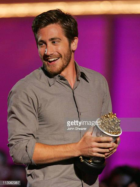 Jake Gyllenhaal winner of Best Kiss for Brokeback Mountain