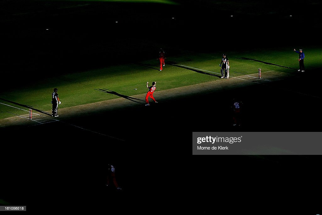 Jake Haberfield (C) of the Redbacks celebrates after getting the wicket of Cameron White (L) of the Bushrangers during the Ryobi One Cup Day match between the South Australian Redbacks and the Victorian Bushrangers at Adelaide Oval on February 9, 2013 in Adelaide, Australia.