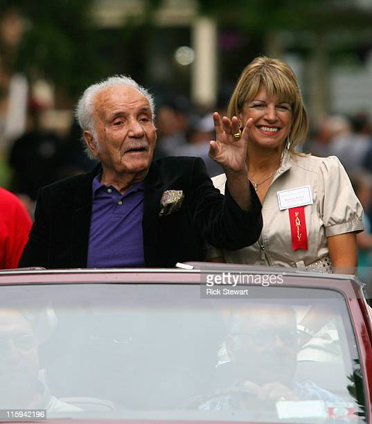 Jake LaMotta acknowledges the crowd during the Parade of Champions prior to the 2011 International Boxing Hall of Fame Inductions at the...