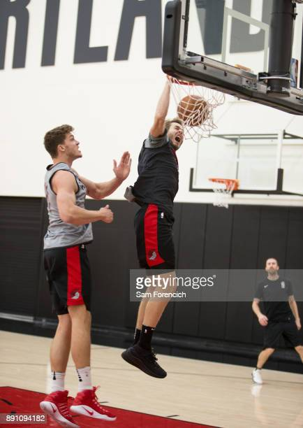 Jake Layman of the Portland Trail Blazers dunks the ball during an all access practice on December 7 2017 at the Trail Blazer Practice Facility in...