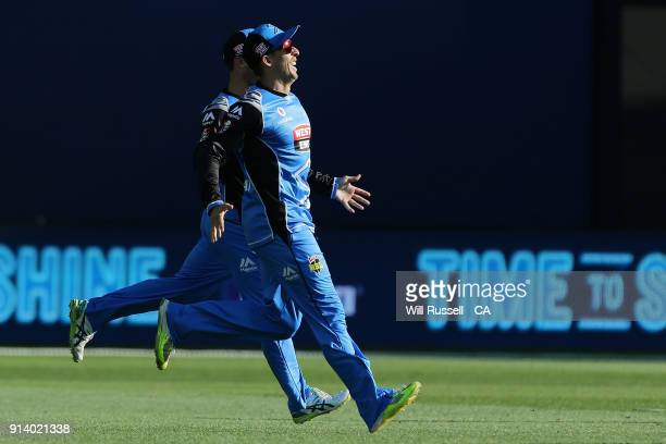 Jake Lehmann of the Strikers takes a catch to dismiss George Bailey of the Hurricanes off the bowling of Peter Siddle of the Strikers during the Big...