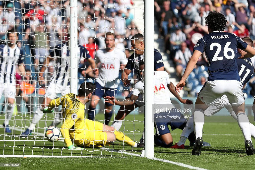 Jake Livermore of West Bromwich Albion scores a goal to make it 1-0 during the Premier League match between West Bromwich Albion and Tottenham Hotspur at The Hawthorns on May 5, 2018 in West Bromwich, England.