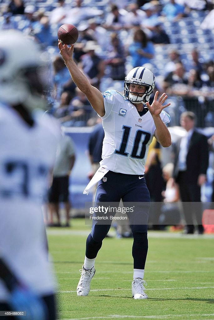 Jake Locker #10 of the Tennessee Titans warms up prior to a game against the Dallas Cowboys at LP Field on September 14, 2014 in Nashville, Tennessee.