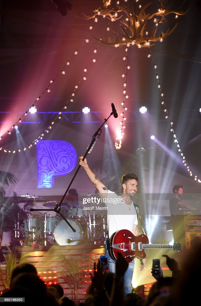 Jake Owen performs onstage during the Pandora Sounds Like Country at Marathon Music Works on June 6, 2017 in Nashville, Tennessee.