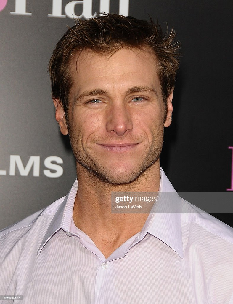 Jake Pavelka attends the premiere of 'The Back-Up Plan' at Regency Village Theatre on April 21, 2010 in Westwood, California.