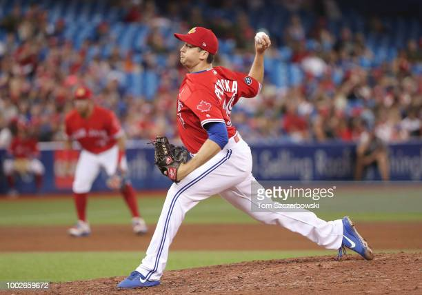 Jake Petricka of the Toronto Blue Jays delivers a pitch in the eighth inning during MLB game action against the Detroit Tigers at Rogers Centre on...
