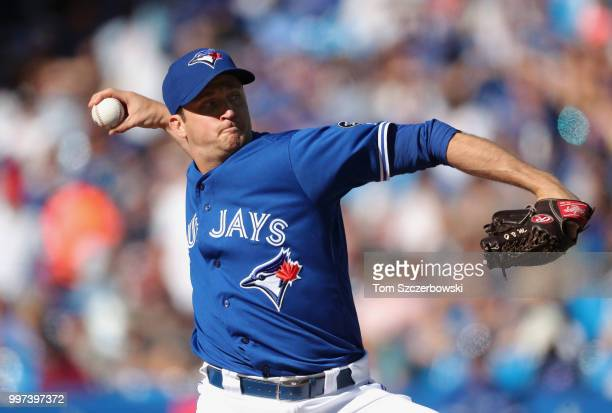 Jake Petricka of the Toronto Blue Jays delivers a pitch in the fourth inning during MLB game action against the New York Yankees at Rogers Centre on...