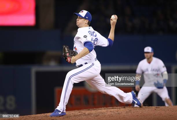 Jake Petricka of the Toronto Blue Jays delivers a pitch in the seventh inning during MLB game action against the Seattle Mariners at Rogers Centre on...