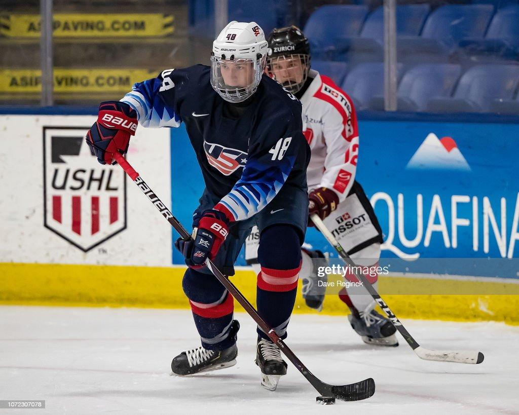 2018 Under-17 Four Nations Tournament - USA vs Switzerland : Nachrichtenfoto