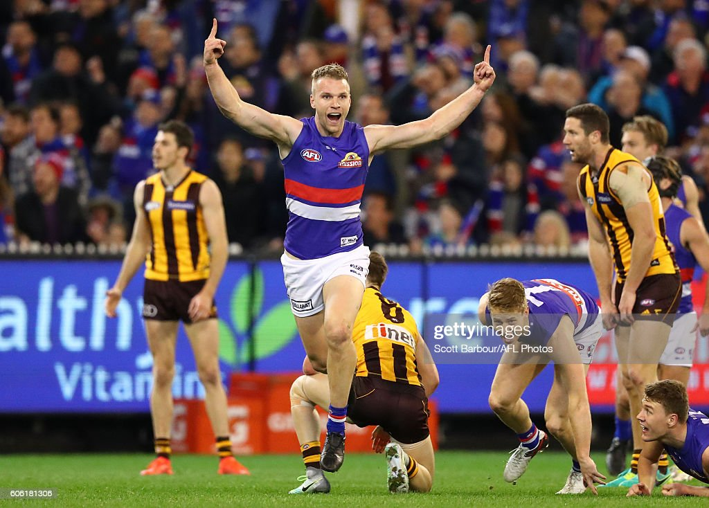 Jake Stringer of the Bulldogs celebrates after kicking a goal during the second AFL semi final between Hawthorn Hawks and Western Bulldogs at Melbourne Cricket Ground on September 16, 2016 in Melbourne, Australia.