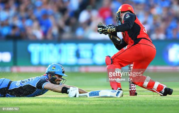 Jake Weatherald of the Adelaide Strikers makes his crease during the Big Bash League match between the Adelaide Strikers and the Melbourne Renegades...