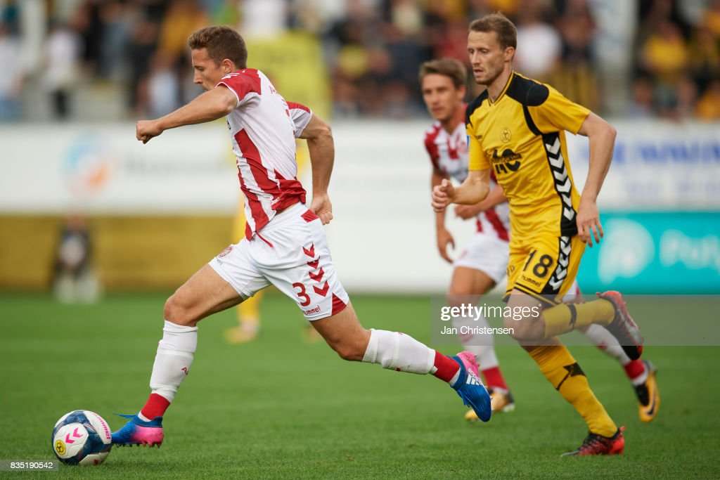 Jakob Ahlmann of AaB Aalborg controls the ball during the Danish Alka Superliga match between AC Horsens and AaB Aalborg at Casa Arena Horsens on August 18, 2017 in Horsens, Denmark.
