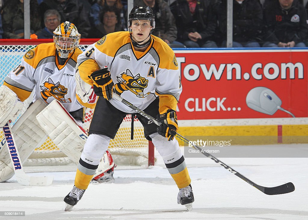 Sarnia Sting v London Knights : News Photo
