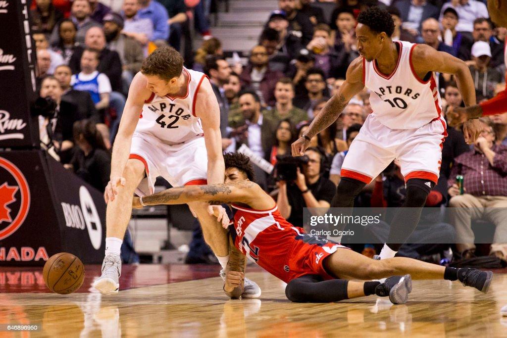 Raptors versus Wizards : News Photo