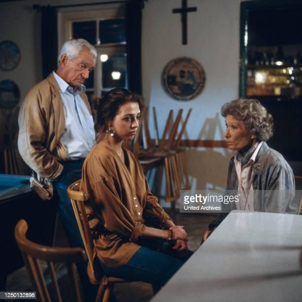Jakob und Adele, Fernsehserie, Deutschland 1988, Darsteller: Carl Heinz Schroth, Judith Brandt, Brigitte Horney.