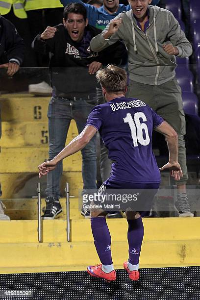 Jakub Blaszczykowski of ACF Fiorentina celebrates after scoring a goal during the Serie A match between ACF Fiorentina and Bologna FC at Stadio...