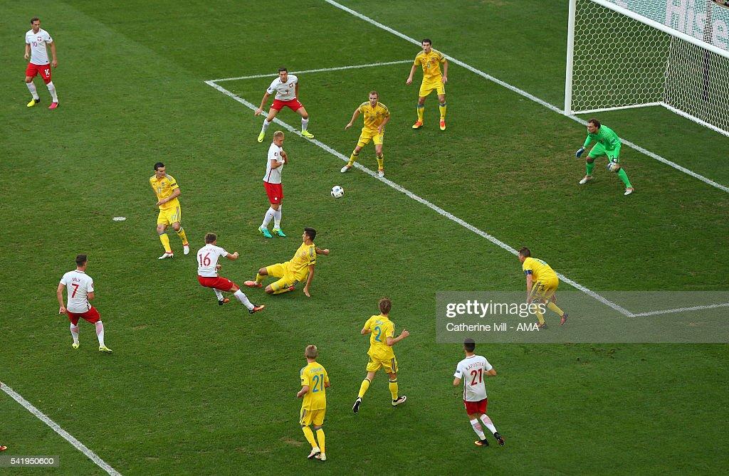 Ukraine v Poland - Group C: UEFA Euro 2016 : News Photo