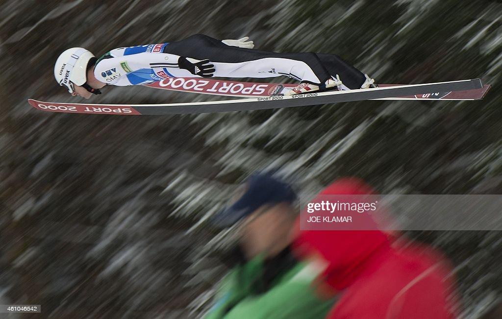 SKI-JUMP-FOURHILLS-AUT : News Photo