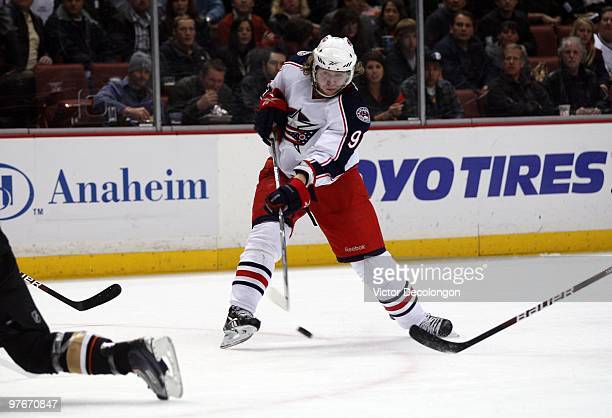 Jakub Voracek of the Columbus Blue Jackets shoots the puck toward the net during their NHL game against the Anaheim Ducks at the Honda Center on...